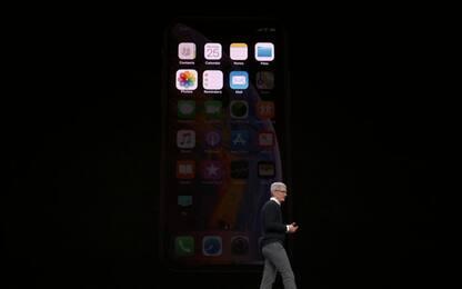 """Apple, Tim Cook contro Trump: lettera in difesa dei """"dreamer"""""""