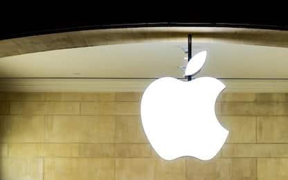 Apple assume l'ex responsabile dei motori elettrici di Tesla