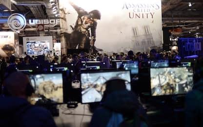 Incendio a Notre Dame a Parigi, i giocatori di Assassin's Creed rendono omaggio