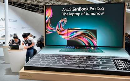 Asus svela il nuovo ZenBook Pro Duo, il primo pc con due schermi 4k