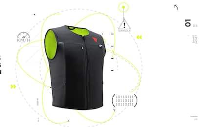 Dainese Smart Jacket, ecco come funziona il gilet airbag con tecnologia D-air