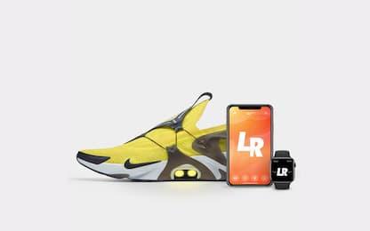 Da Nike le scarpe smart che si allacciano con Siri