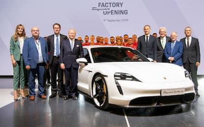 Taycan, la prima Porsche totalmente elettrica. FOTO