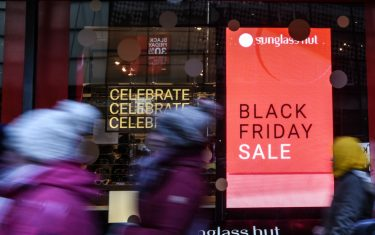 GettyImages-black_friday