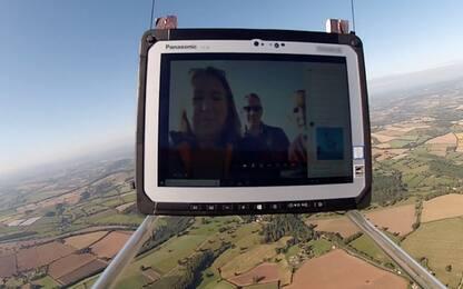 Un tablet nella stratosfera: il test estremo di Panasonic. VIDEO