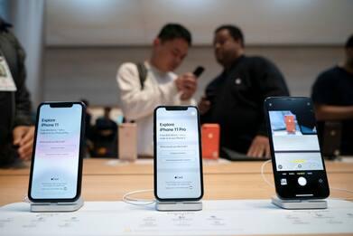Apple, in arrivo tante novità in autunno: quattro iPhone e HomePod