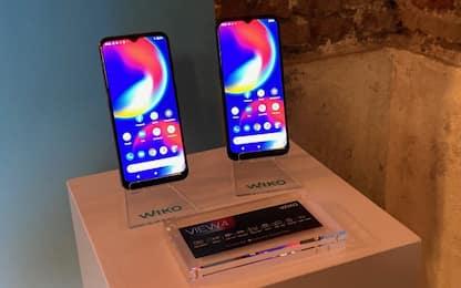 Grande batteria, piccolo prezzo: Wiko presenta View4 e View4 Lite