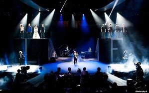 Live Show, la semifinale: opening e prima manche