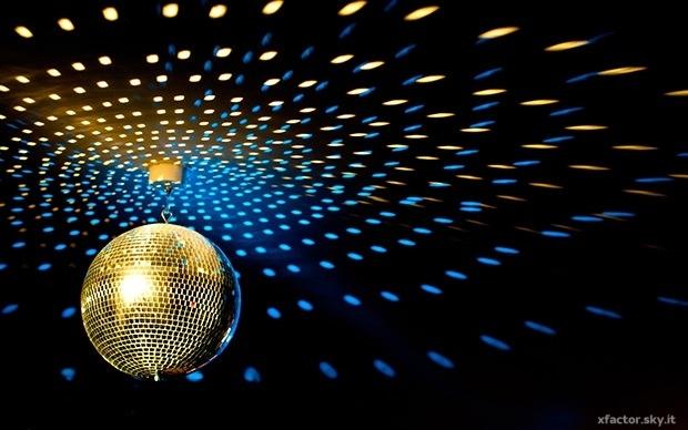 theme-disco-ball-club-dj-resolution-x-2030011